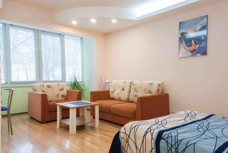 Apartment for shore rent in Kiev, left bank, Metropolitan Sheptytsky 1a