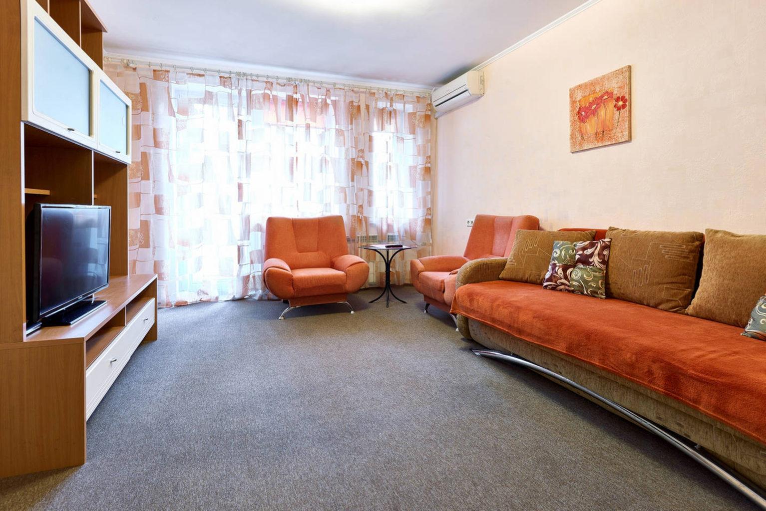 Квартира подобово в центрі Києва вул Хорива 32