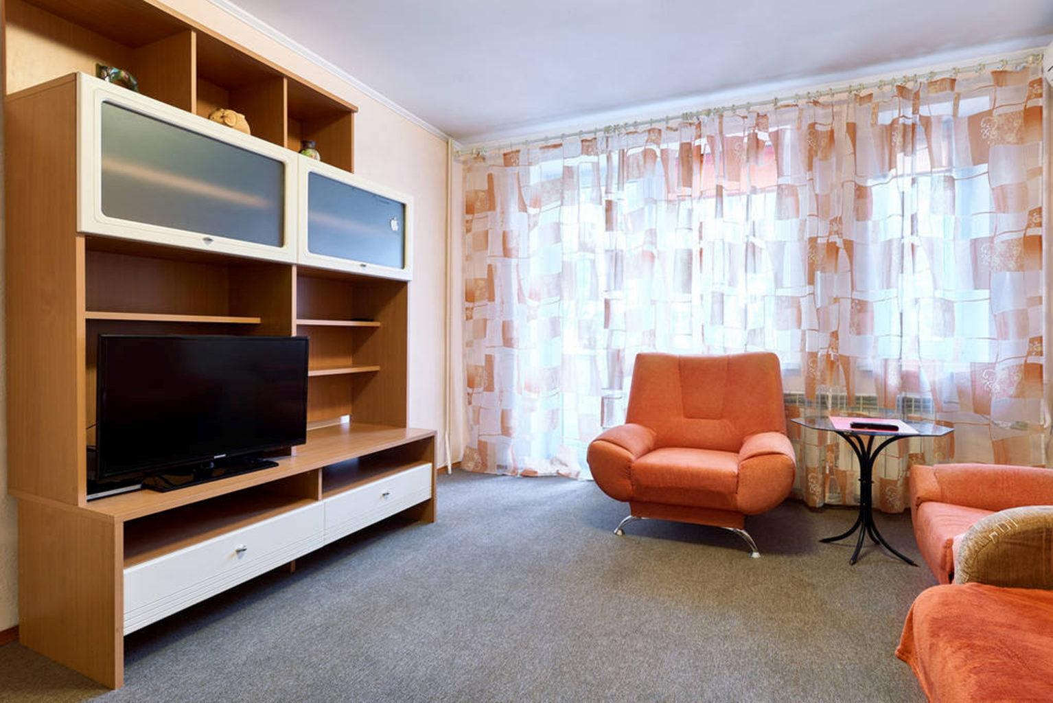 One bedroom apartment for shore rent in Kiev Horyva 32